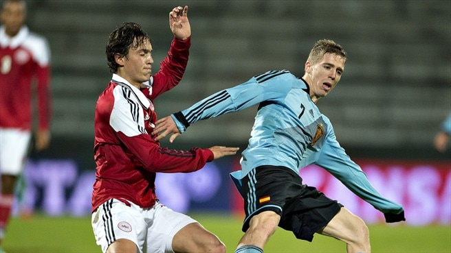 Iker Muniain (Spain) & Thomas Delaney (Denmark)
