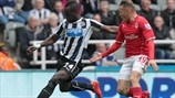 Cheick Tioté (Newcastle United FC) & Craig Bellamy (Cardiff City FC)