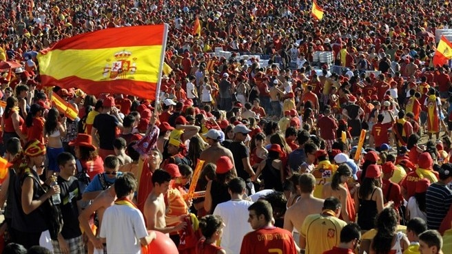 Spain supporters